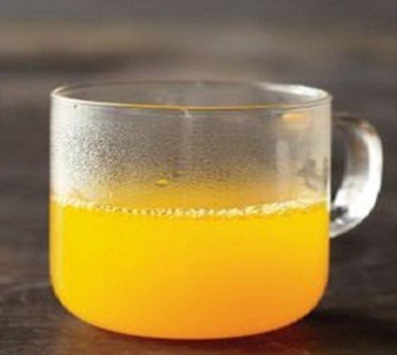 Cách 2: Uống tinh bột nghệ với mật ong: